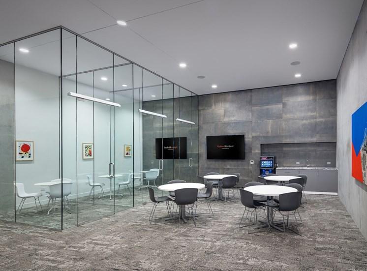 Luxury apartment rentals in Phoenix and Scottsdale, AZ