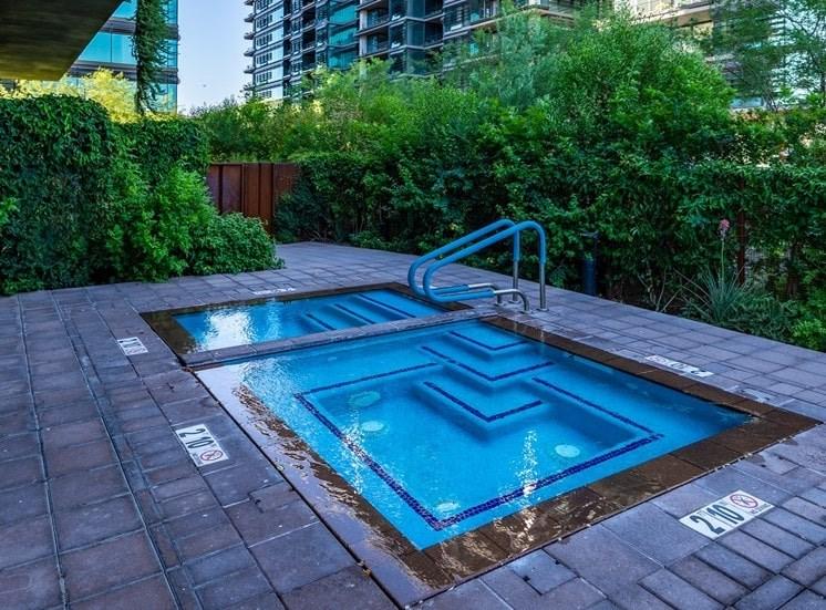 Optima Kierland Apartments Pool