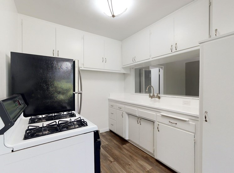 Overland Avenue Apartments | Los Angeles, CA | Kitchen