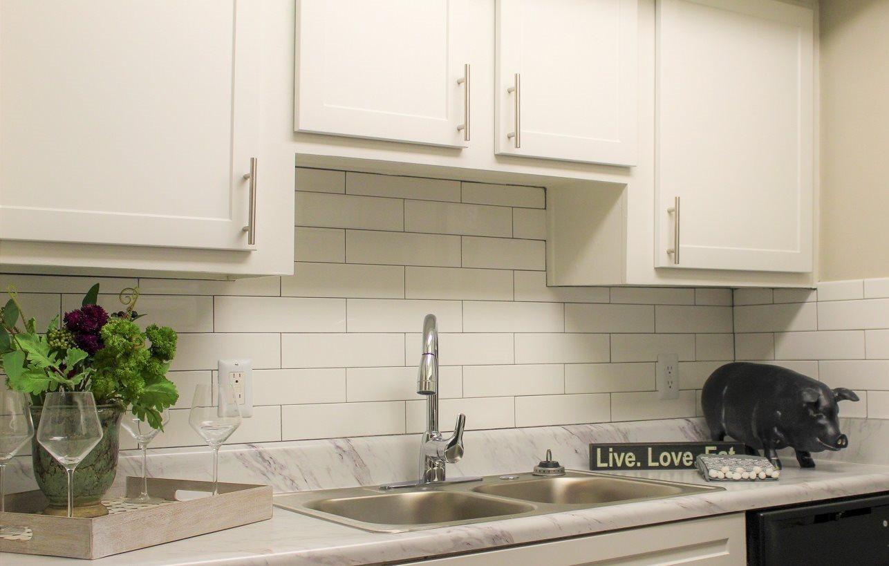 Modern Kitchen at Ashford Palmetto Square Apartment Homes, Charleston, SC