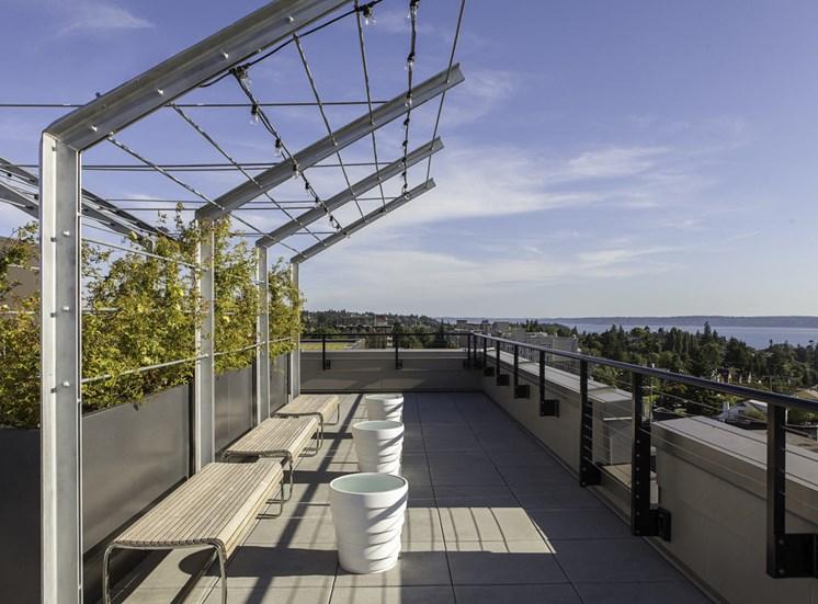 4730 California Apartments Rooftop Deck