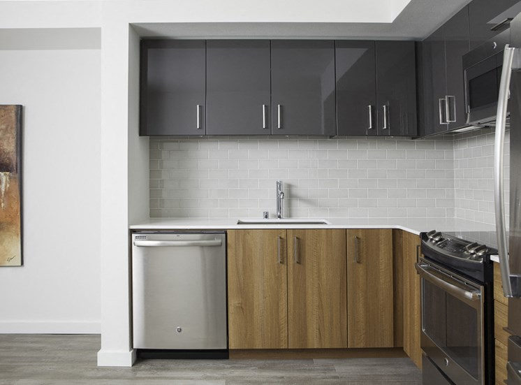 4730 California Apartments Kitchen Stainless Steel Appliances