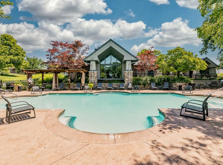 2 Stunning Pools
