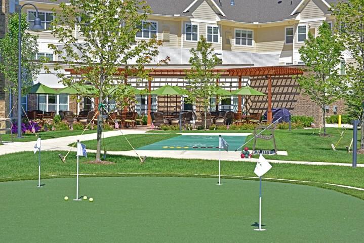 Golf Putting at Rose Senior Living – Avon, Ohio, 44011