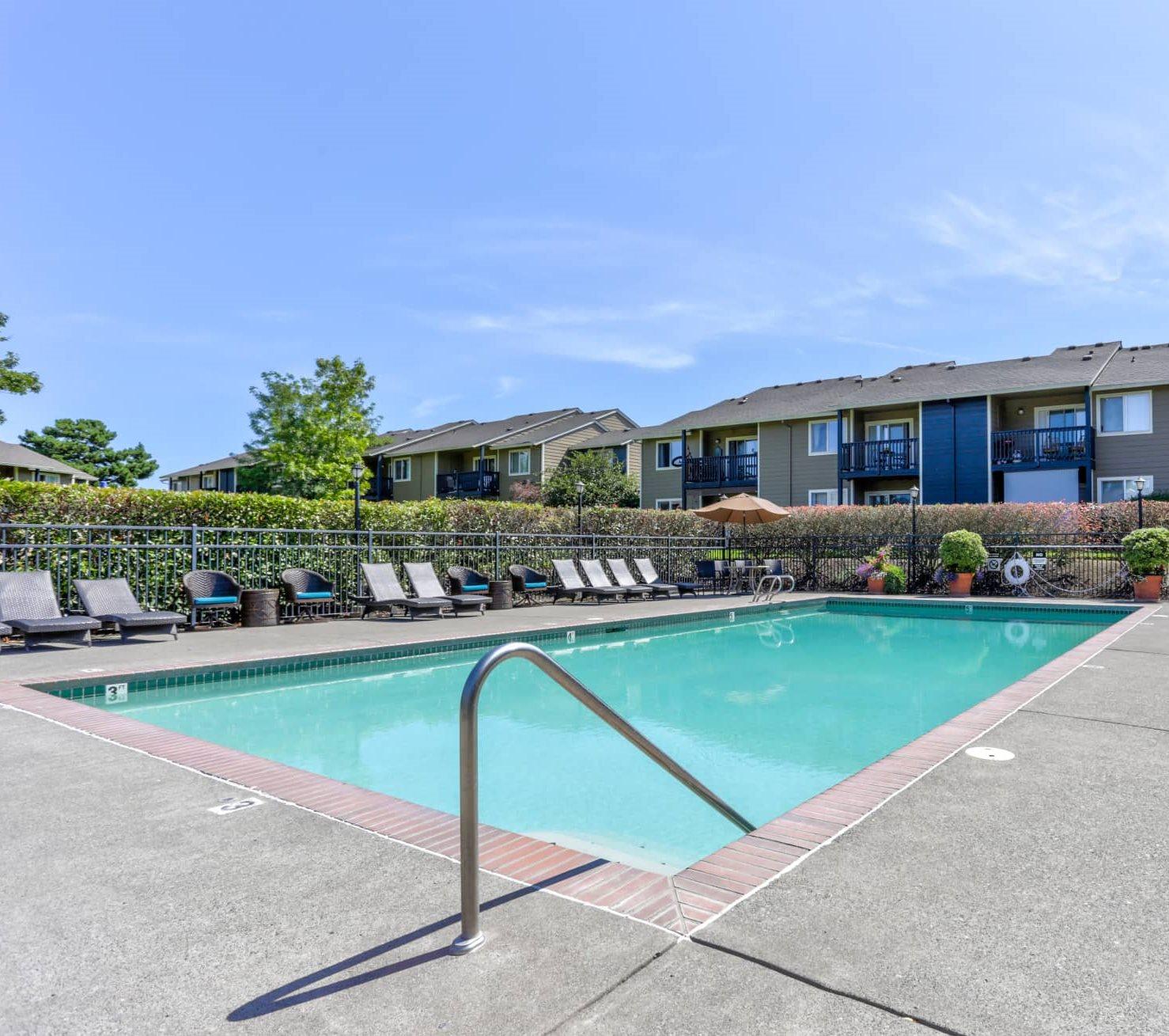 Greenbrier Tanasbourne Outdoor Pool