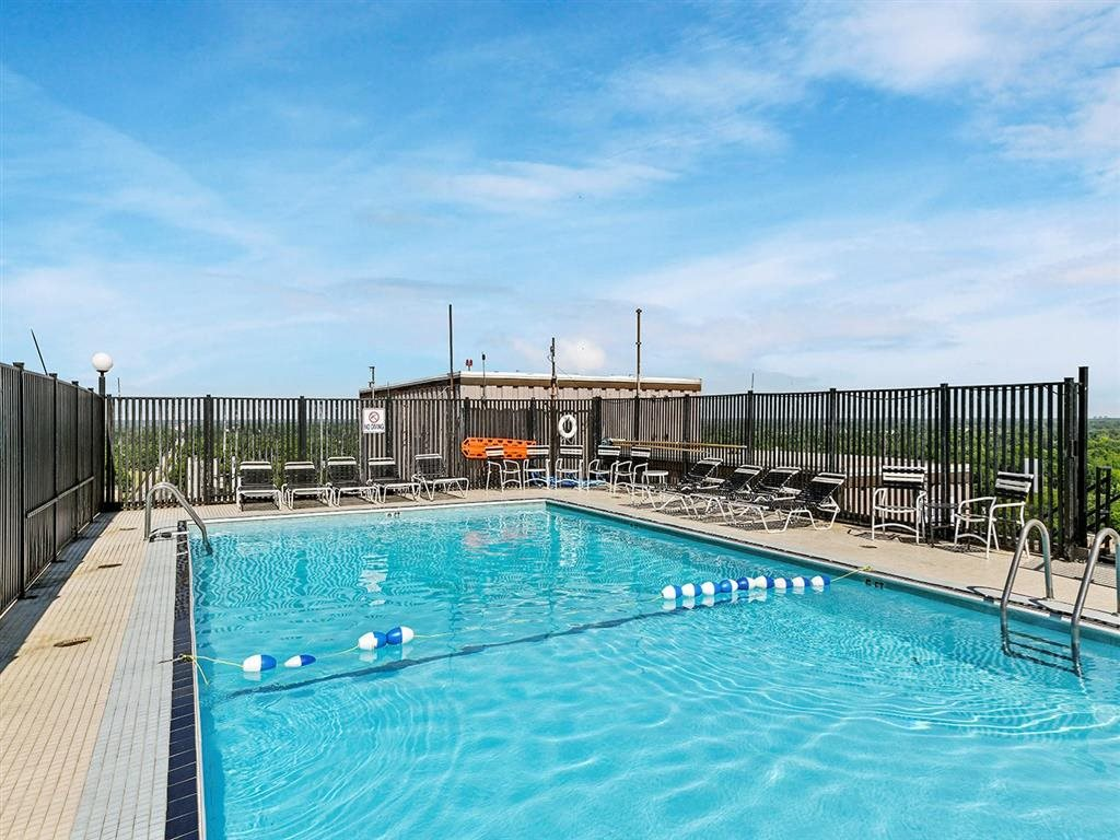 Glimmering Pool at CityView on Meridian, Indianapolis, 46208