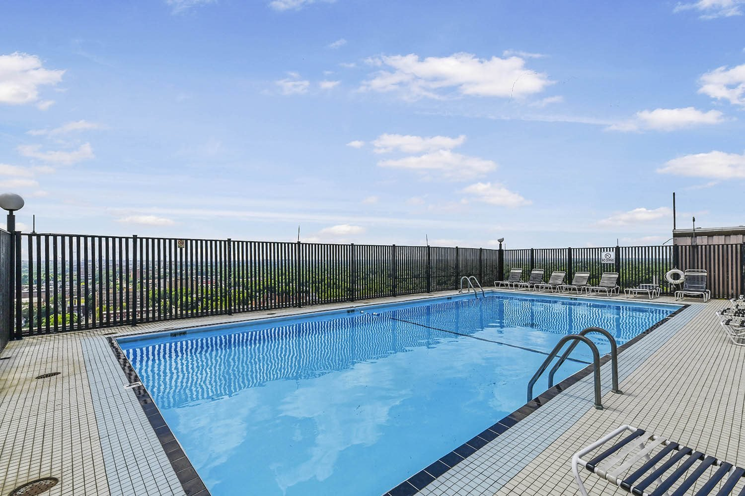 Resort-Style Pool at CityView on Meridian, Indiana,46208