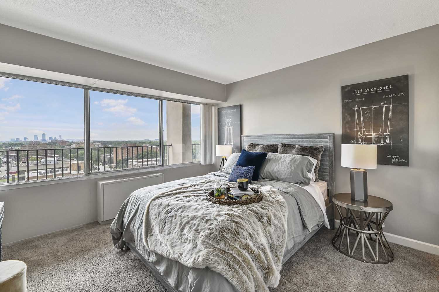 Beige Carpet in Bedroom at CityView on Meridian, Indianapolis