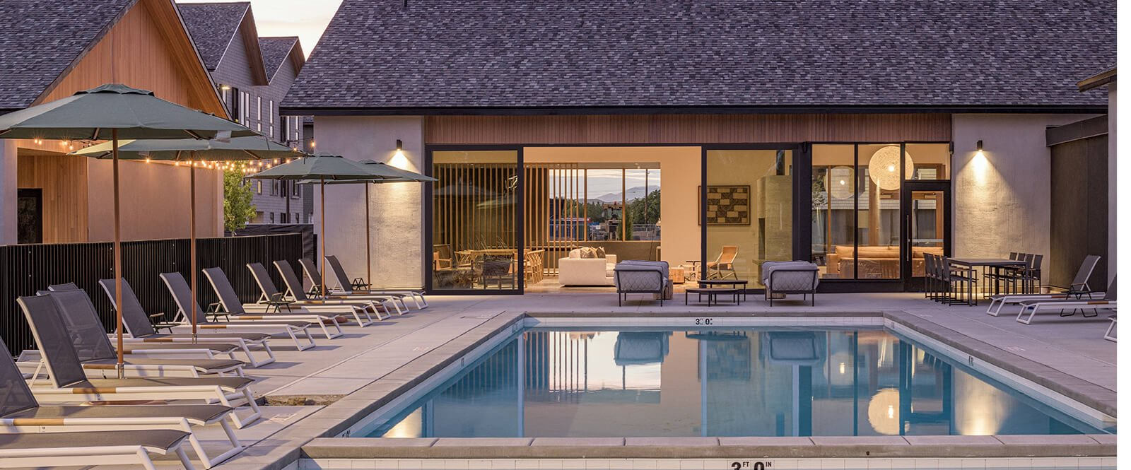the clara eagle idaho apartments pool