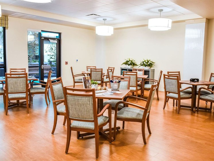 Formal Dining Room at Westmont of Milpitas, Milpitas, CA