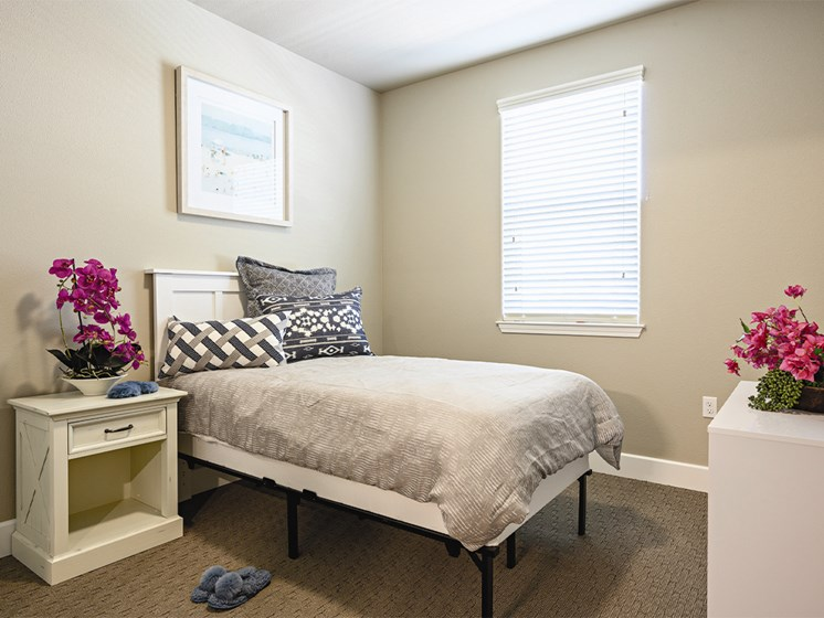 Bedroom interiors at The Oaks at Paso Robles, Paso Robles