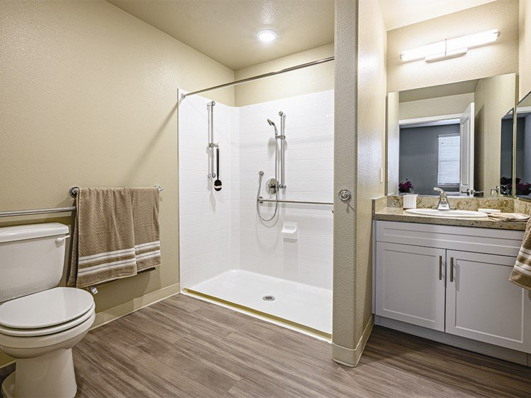 Bathroom at The Oaks at Paso Robles, Paso Robles, California