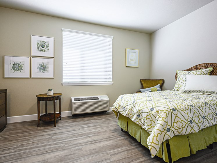 Bedroom with bed at The Oaks at Paso Robles, Paso Robles, 93446