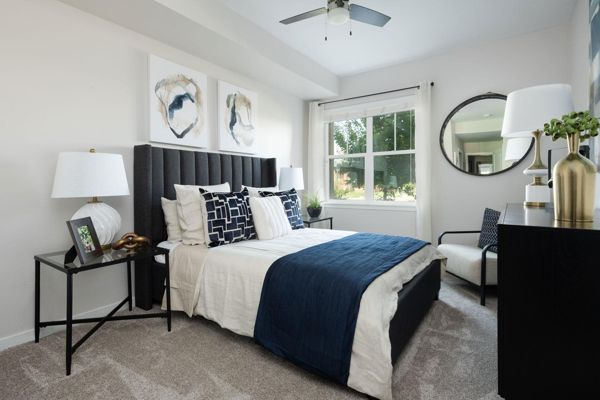Beautiful Bright Bedroom, Arbour Commons Apartments, Westminster, 80023