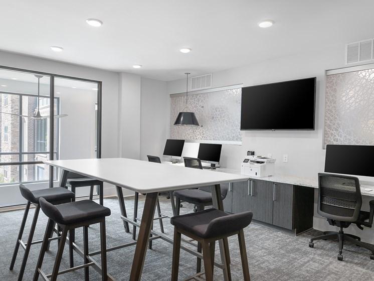 Brizo coworking lounge