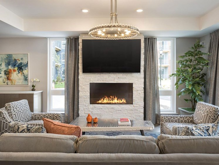 Quin Apartments Lounge
