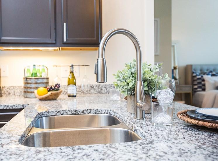 luxe-at-indian-lake-village-kitchen-sink