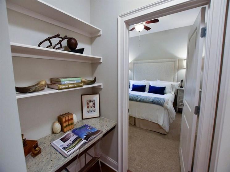 92-west-paces-closet