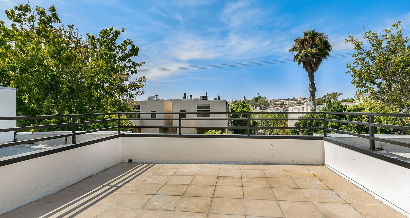 Private roof deck in residence 5