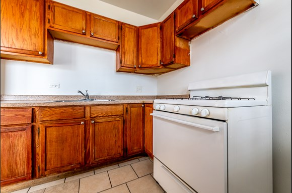 Kitchen of 6829 S Martin Luther King Dr Apartments in Chicago