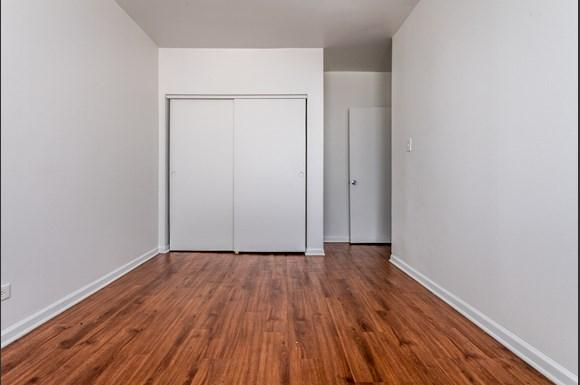 Bedroom of 1734 E 72nd St Apartments in Chicago