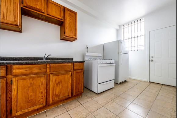 Kitchen of  7151 S Indiana Apartments in Chicago