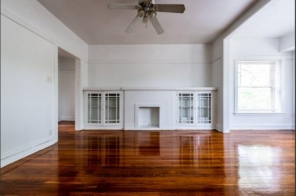 Living Room of  7151 S Indiana Apartments in Chicago