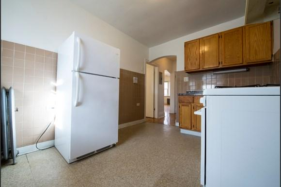Kitchen of 7801 S Kingston Ave Apartments in Chicago