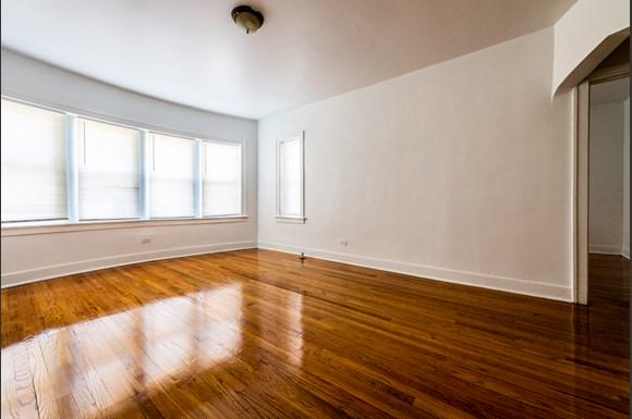Living Room of 8101 S Drexel Apartments in Chicago