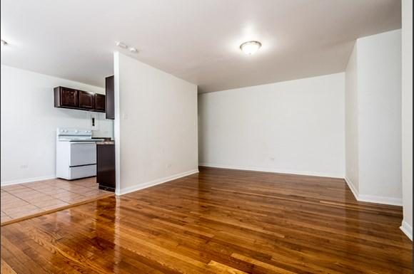 Living Room 8334 S Ellis Apartments in Chicago