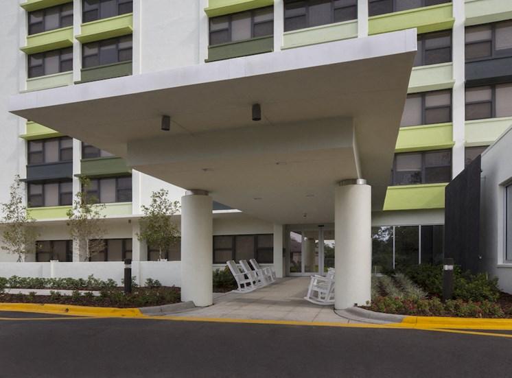 Mount Carmel Gardens senior apartments in jacksonville, florida covered driveway