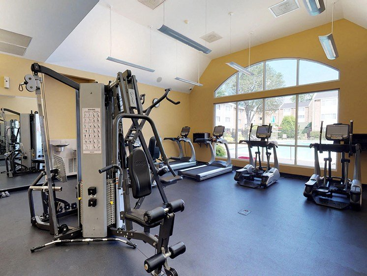 spacious fitness center at tysons glen apartments