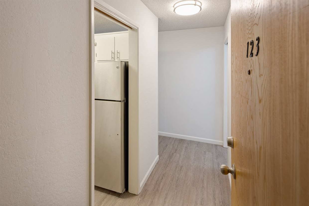 Entry to apartment