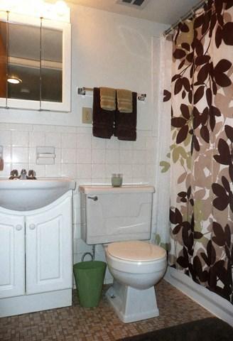 Luxurious Bathrooms at Emerald Court, Iowa City, Iowa
