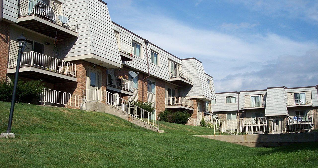 Westgate Villa Apartments in Iowa City