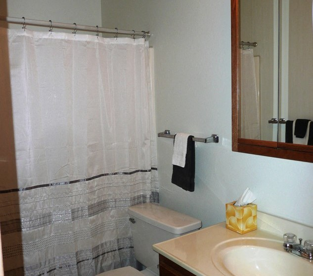 Luxurious Bathrooms at Parkside Manor, Coralville, IA