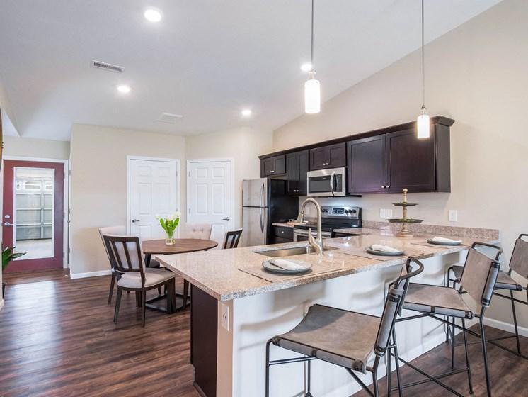 Grand Rapids MI Apartment Rentals Bayberry Chase Basswood Kitchen