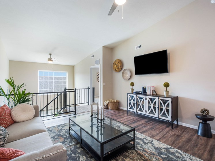 Grand Rapids MI Apartment Rentals Bayberry Chase Basswood Living To Stairs