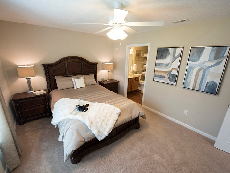 Lake Orion MI Apartment Rentals Redwood Waterstone At Village Square Master Bedroom