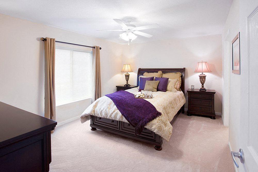 Brownstown MI Apartment Rentals Redwood Red Hawk Landing Master Bedroom