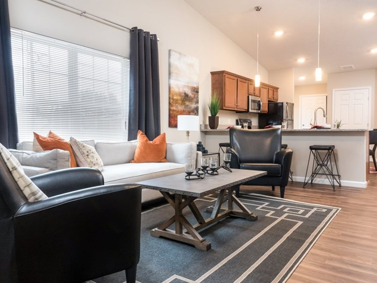 White Lake MI Apartment Rentals Redwood Worthington Crossing Living Room
