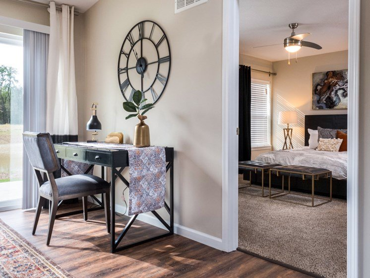 Reynoldsburg OH Apartment Rentals Redwood Blacklick Point Den