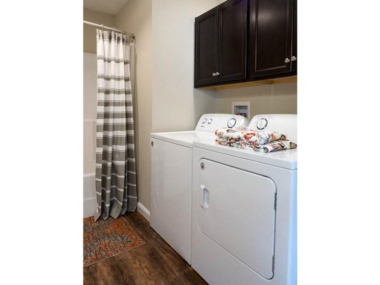 Reynoldsburg OH Apartment Rentals Redwood Blacklick Point Laundry