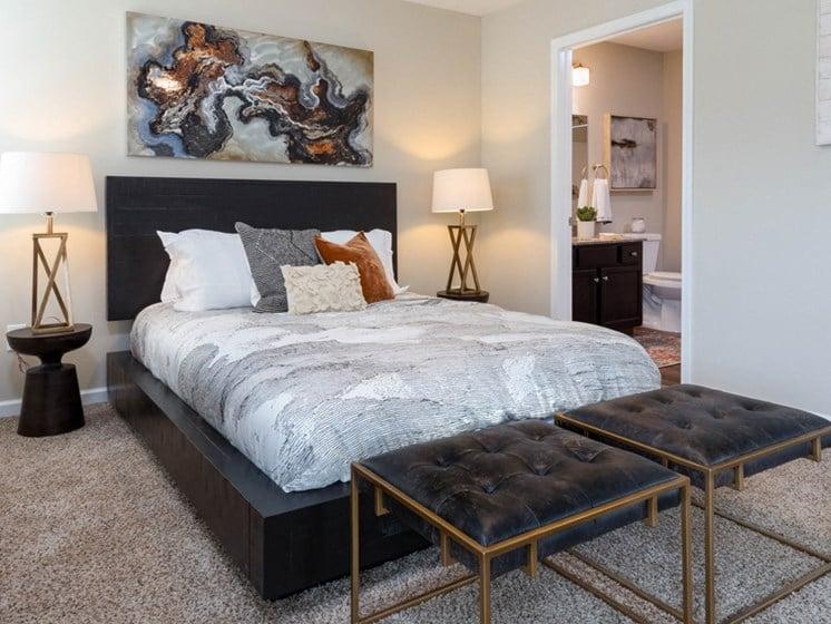 Reynoldsburg OH Apartment Rentals Redwood Blacklick Point Master Bedroom