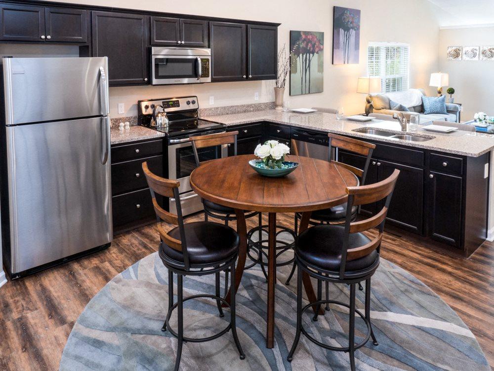 Blacklick OH Apartment Rentals Redwood Jefferson Grove Kitchen