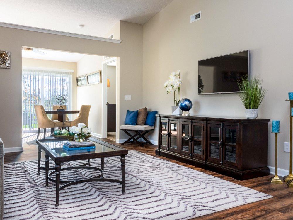 Blacklick OH Apartment Rentals Redwood Jefferson Grove Living Room