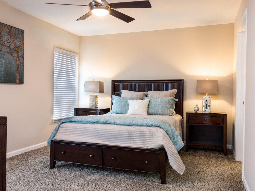 Blacklick OH Apartment Rentals Redwood Jefferson Grove Master Bedroom