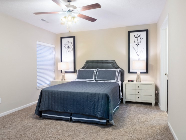 Milford OH Apartment Rentals Redwood Thornhill Landing Master Bedroom