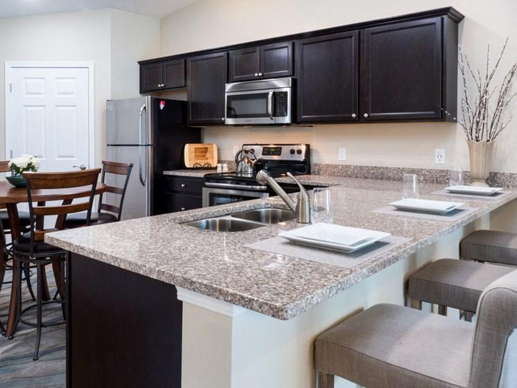 Sugarcreek Township OH Apartment Rentals Redwood White Oaks Landing Breakfast Bar