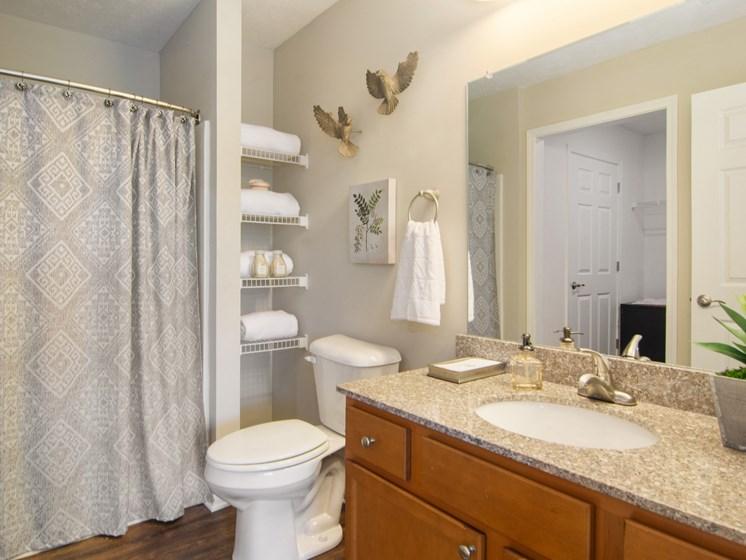 Noblesville Indiana Apartment Rentals Redwood Noblesville Webster Drive Bathroom